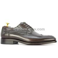 Classic dress shoes/ cow leather shoes/ European bullock carve patterns/ Men's leather shoes