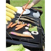 BEST BBQ Grill Mat - Set of 2 for Gas, Charcoal & Electric Grills - Heavy Duty DuPont Non-stick Coat