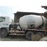 Used Hino concrete mixer Truck Capacity 9m3