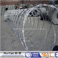 Hot dipped BTO-22 razor barbed wire in 2015