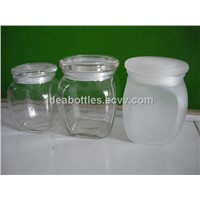 glass jar with lids