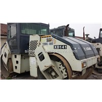 Used XCMG XP141 pneumatic road roller locate in shanghai yard