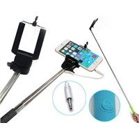 Selfie MONOPOD with audio jack connector