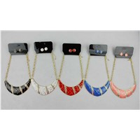 Retiform Print, Painted with Glass Stone Fashion Metal Works Necklace Set