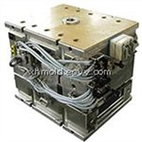 hot runner injection mold and molding for plastic