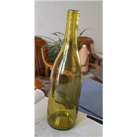 750 ml of withered leaves yellow Burgundy wine bottle