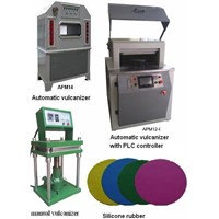 Rubber vulcanizer for spin casting