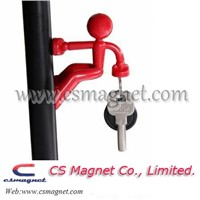 Wall Climbing Boy Magnet Key Chain Holder