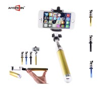 Hot  selling  the shaft portable in pocket flexible walking stick selfie stick with Bluetooth