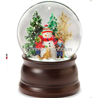 Santa with Snowflakes Musical   Merry Christmas 100mm Snow Globe