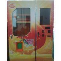 Fresh squeezed orange jucie vending machine Malysia