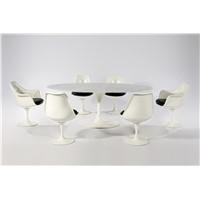 Eero Saarinen Oval Marble Tulip table