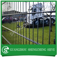 High security Nylofor 2D fencing post wire mesh heavy double wire 8/6/8 fencing