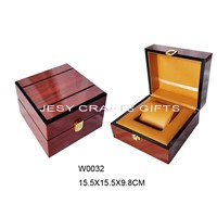 Shiny Brown Varnish Wooden Watch Box(W0032)