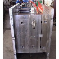 Hot Runner Plastic Injection Mould, Moulding, LKM Mold Base