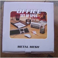 Metal mesh office set