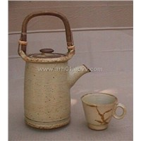 Tea pot with cup