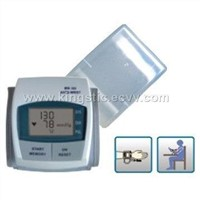 Electronic Blood Pressure Meter (MT0003A)