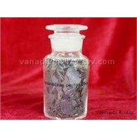 vanadium pentoxide flakes