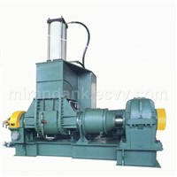 Dispersion mixer for rubber and plastics/Kneader