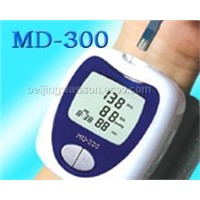 Blood Glucose & Blood Pressure & Heart Rate Monitor