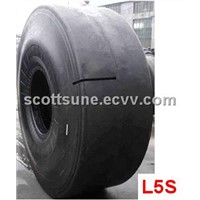 Sand-Smooth OTR tyre
