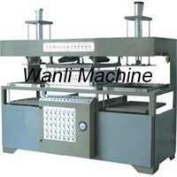 Vacuum Forming Machine / Thermoforming Machine