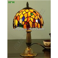 table and dest lamp