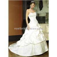 Sweetheart Chapel-Train A-Line Floor Length Elegant Bridal Gown Dewd0018
