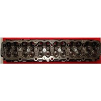 cylinder head for Chrysler 698