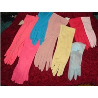 Woman's Vintage Gloves