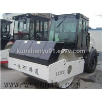 Vibratory Road Roller YT207G with CE   (Diesel engine)