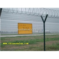 airport fencing / razor barbed wire