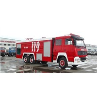 HOWO Heavy Truck Dual Rear Axle Foam Fire Engine