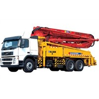 truck mounted concrete pump\