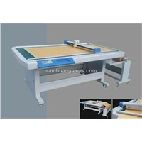 Shoe pattern cutting machine