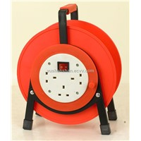 Protable Plastic Cable Reel with Circuit Breaker 6530B