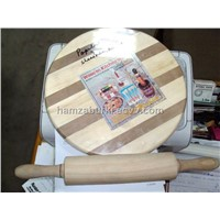 WOODE ROLLING PIN AND BOARD