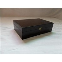 modern attractive custom wooden box