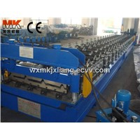 Colored roof panel roll forming machine
