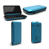 Mobile Phone Charger for Apple's iPod/iPad, MP3/4 Players and Camera, with Flashlight Function