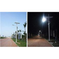 100W 8.8A / 4.4A Solar 18 / 32Vdc & wind hybrid street lighting for geological exploration