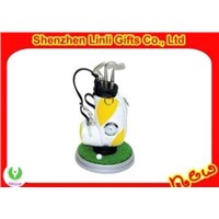 Hot-selling Promotional Mini novelty golf pen holder with digital clock gifts