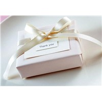 paper gift box packing