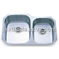 Undermount stainless steel sink with two bowls