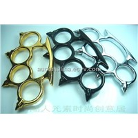 Thorn Brass Knuckles Duster