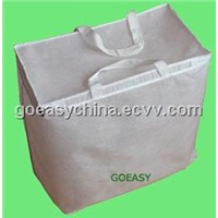 Nonwoven quilt storage bags