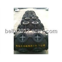 pneumatic rubber fender with tire and chain around