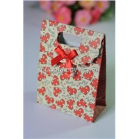 Fancy Printing Gift paper bag with diecut handle