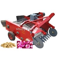Potato Harvesting Machine Powered by Tractor